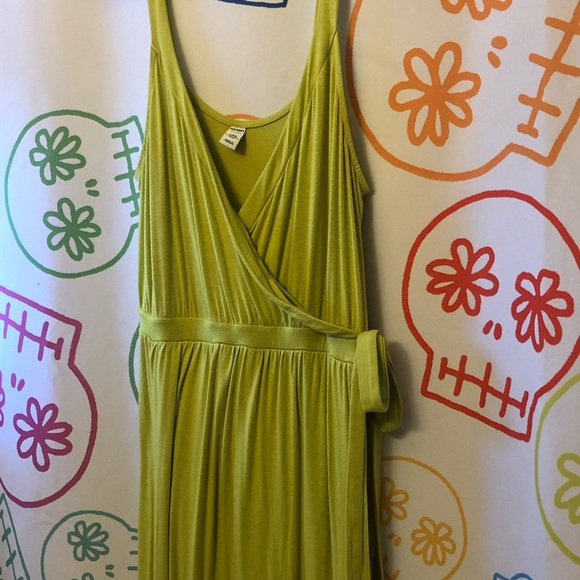 Old Navy Dresses & Skirts - Old Navy Lime Green Maxi Faux Wrap Dress L Petite